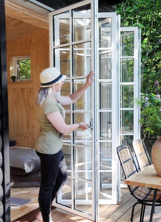 Bi Folding Doors with glazing bars Carlson